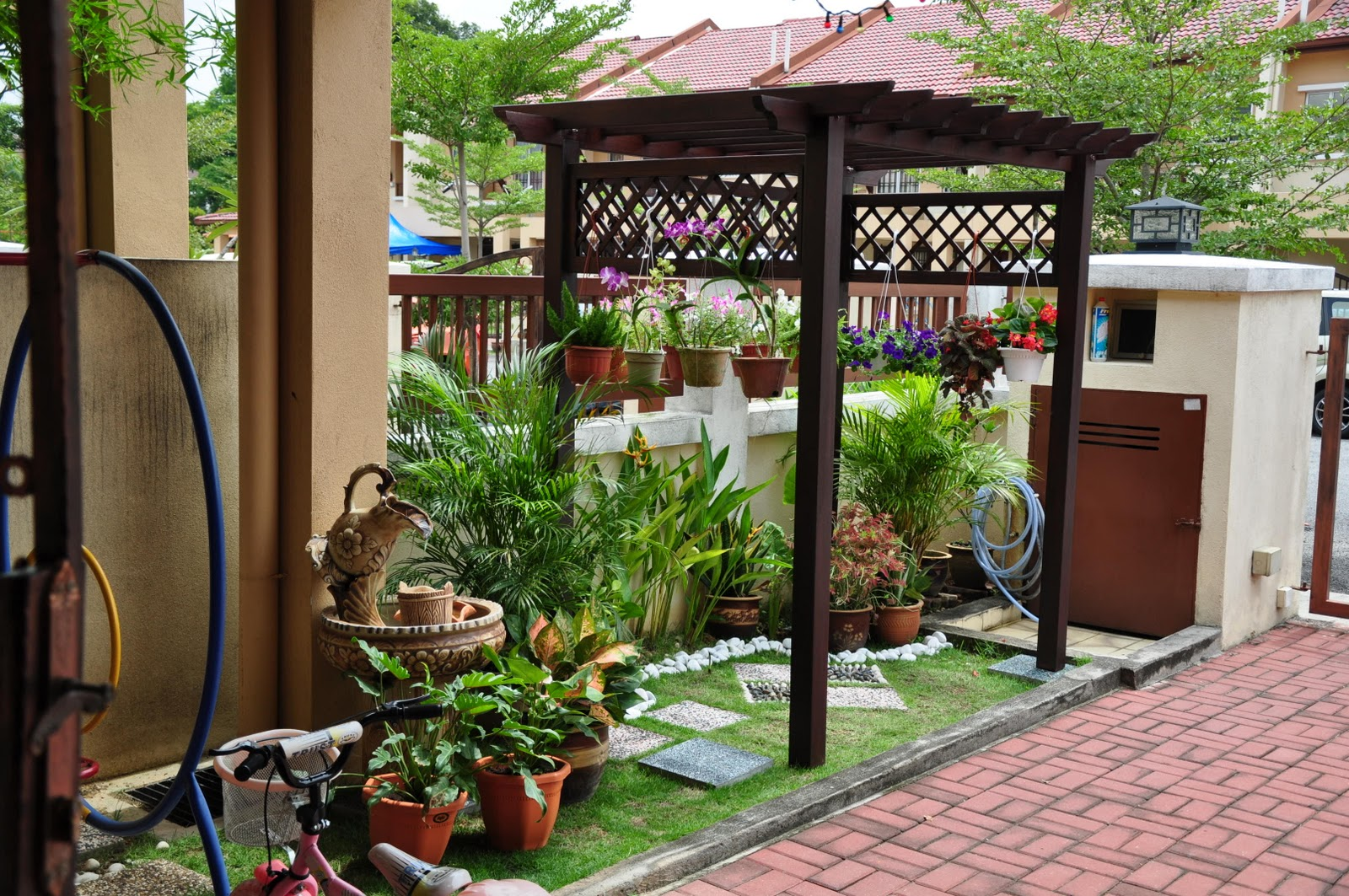 Blogspot For Sale: Idea Lanskap Rumah Teres
