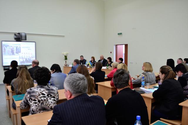 """На базі МДАУ розпочато роботу Всеукраїнської конференції """"Студентське самоврядування – шлях до демократії""""."""