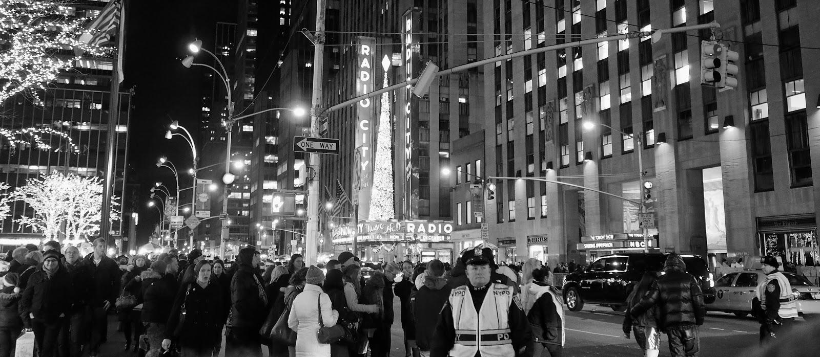 Crowd Control #crowdcontrol #holidays #besttimeoftheyear #nyc ©2014 Nancy Lundebjerg