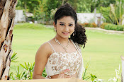 Vishnu priya photos from 21st century Love-thumbnail-1