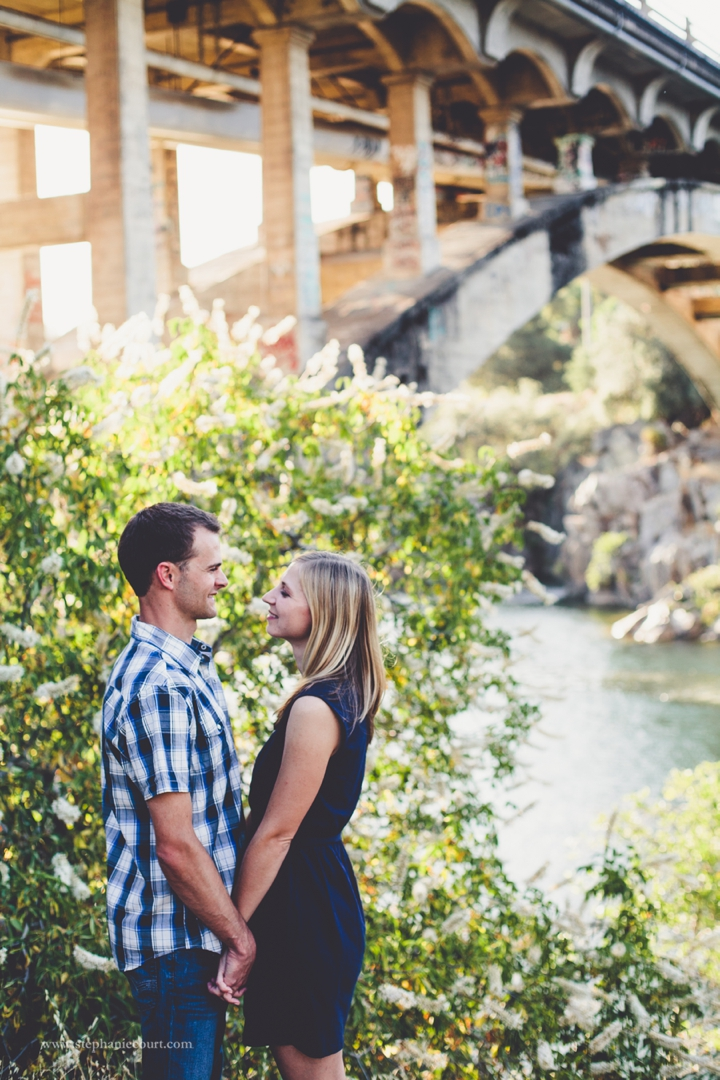 folsom-river-engagement-photos