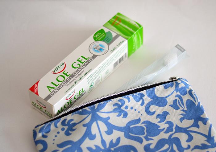 dentifricio spazzolino pochette