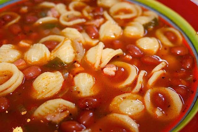 Pasta Fagioli: simplelivingeating.com