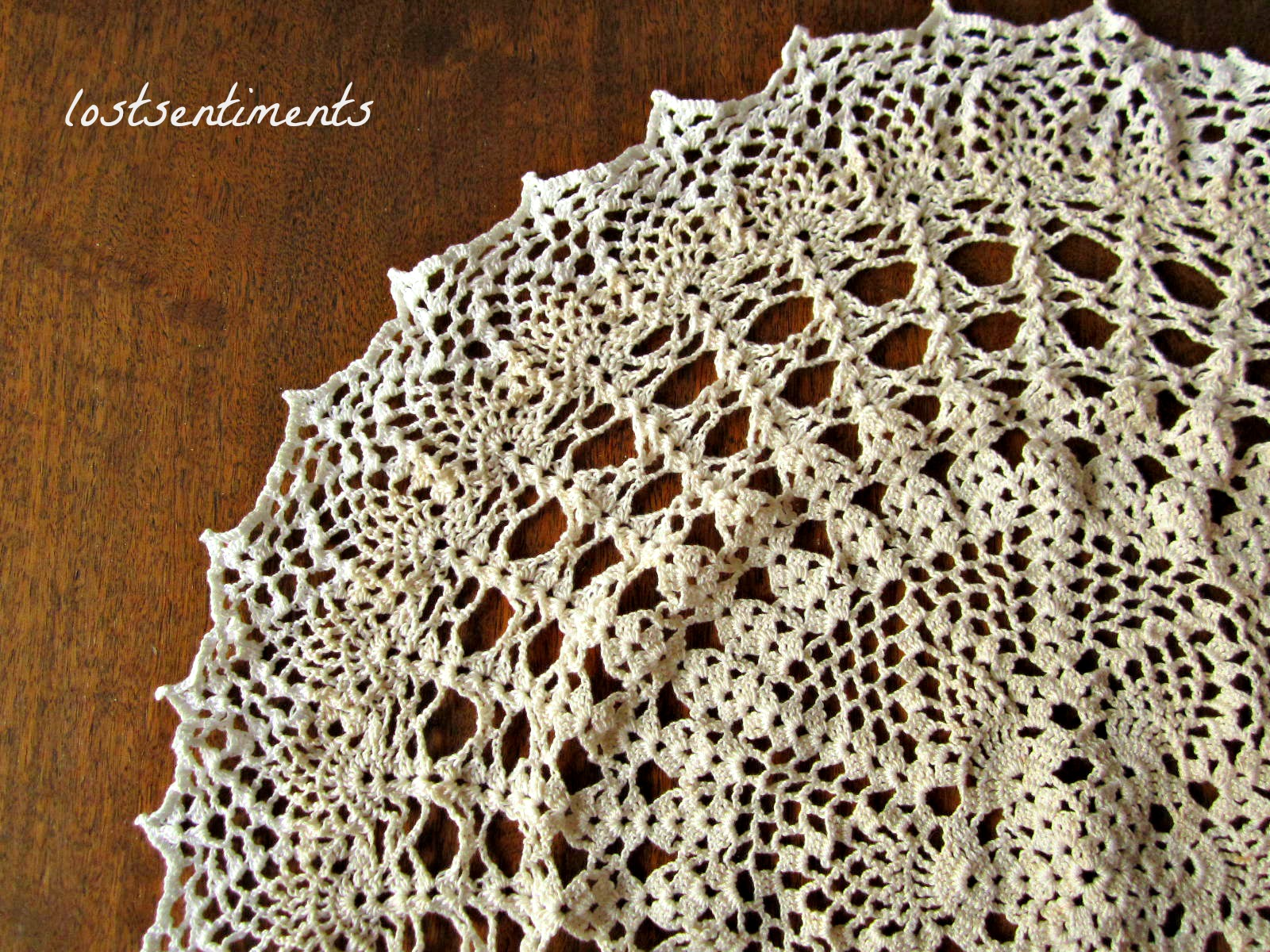 Crochet Patterns Vintage Doilies : lostsentiments: Vintage Crochet Doily Pattern - Venus