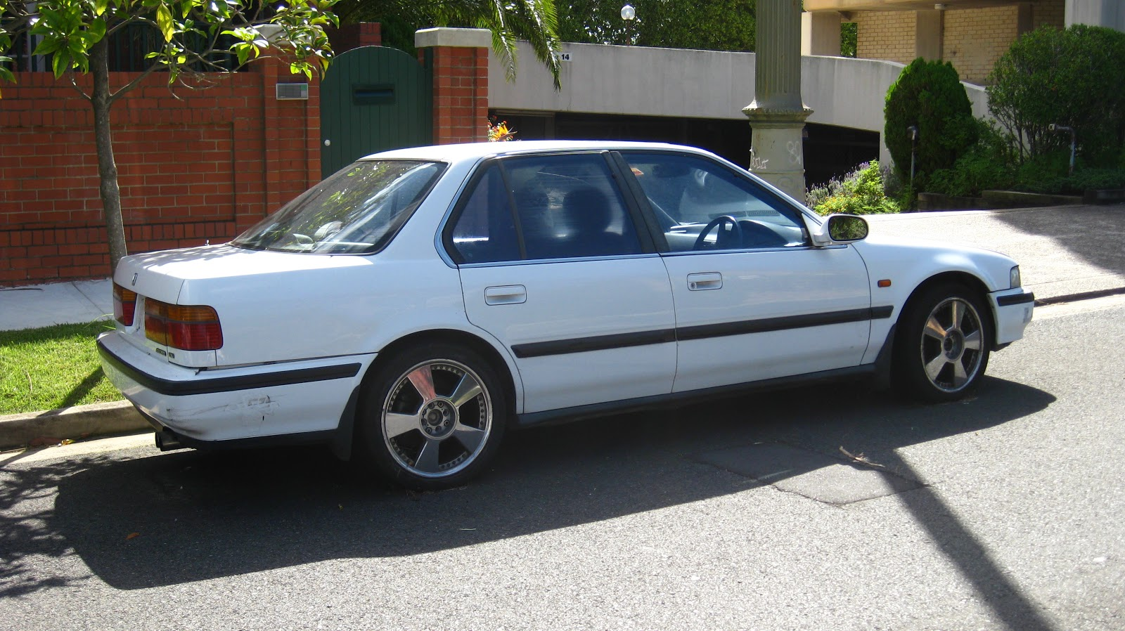 Aussie old parked cars 1991 honda accord exi sedan for Honda accord old model