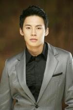 Jung Eun Woo