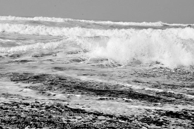 Deburan Ombak Di Pantai Depok || Fotografer & Editing By : Vishnu Darmawan ( Klikmg ) Fotografer Purwokerto