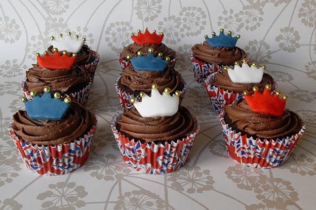 royal wedding viewing party. Royal Wedding Cupcakes
