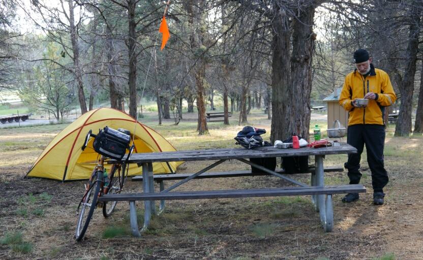 breakfast at Ochoco Lake