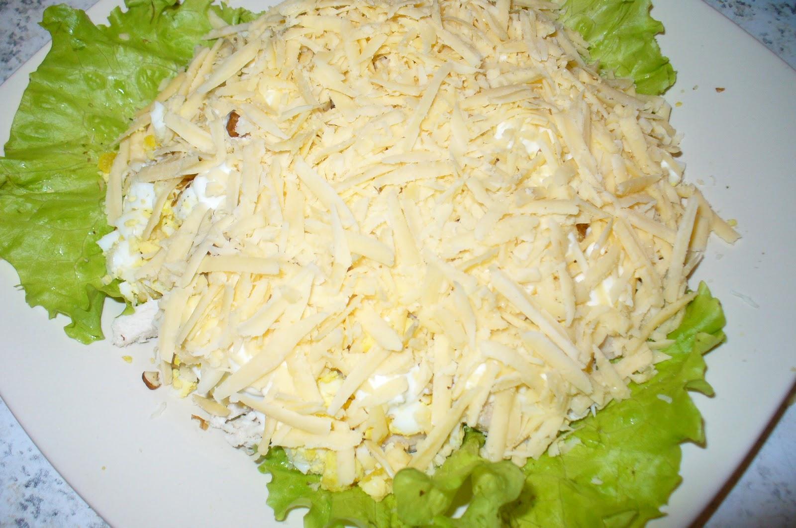 Салаты с плавленным сыром и грибами