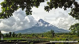 mt mayon volcano from cagsawa ruins