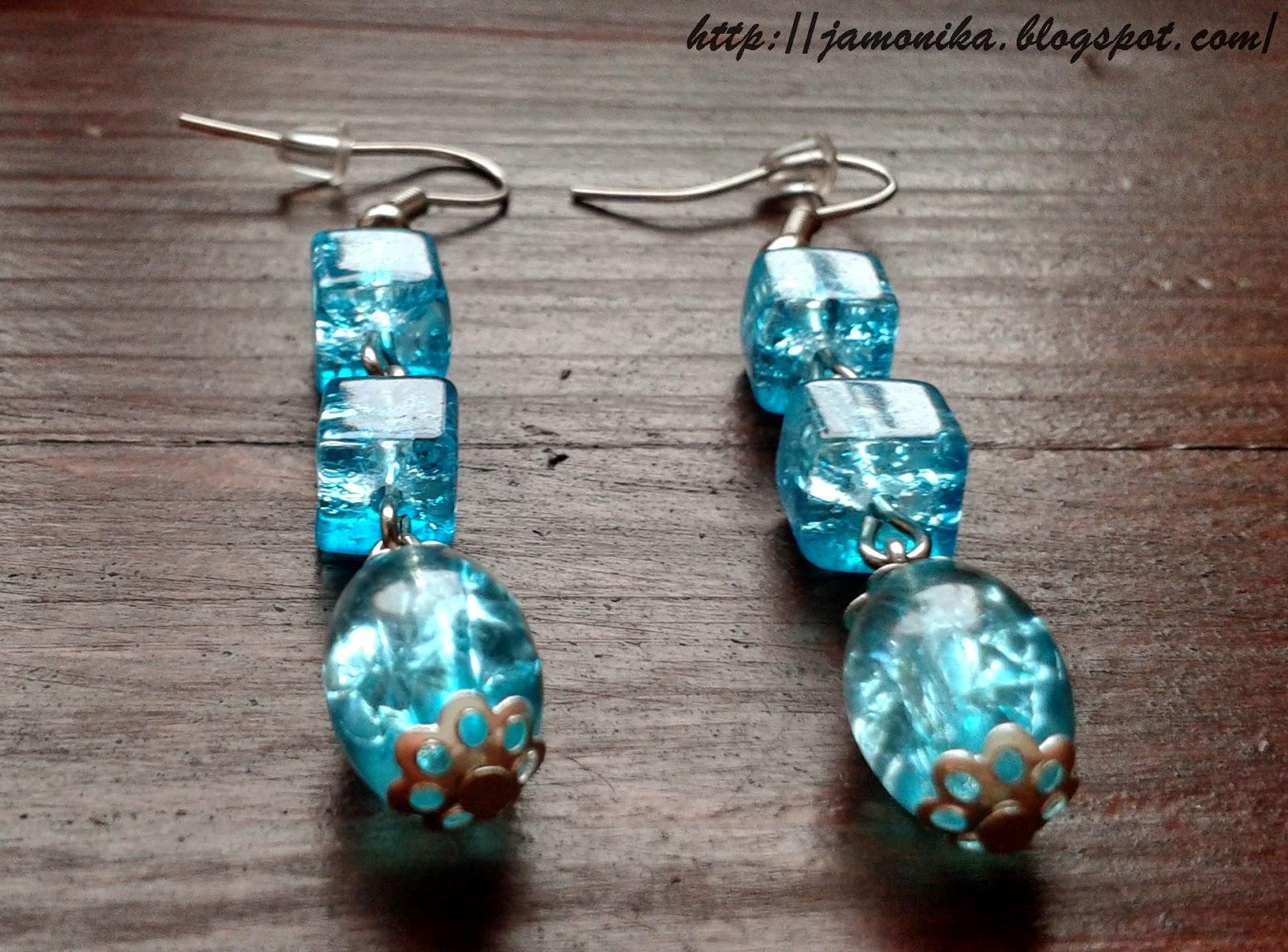 Błękitne  kolczyki koraliki crackle