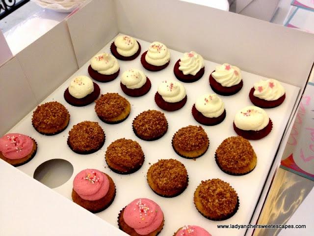 kitsch mini cupcakes
