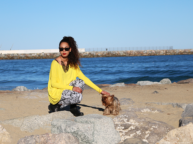 How to style a yellow jumper, how to style aztec jeans