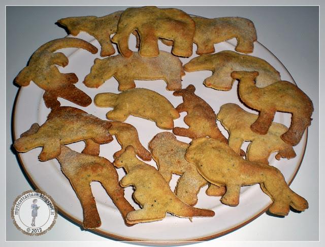 Biscottini salati con senape e semi di papavero