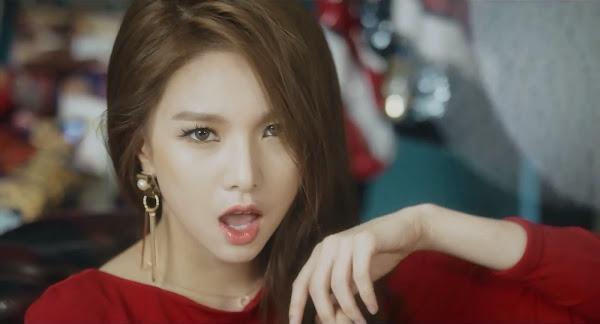 Fiestar's Jei (재이) in You're Pitiful MV