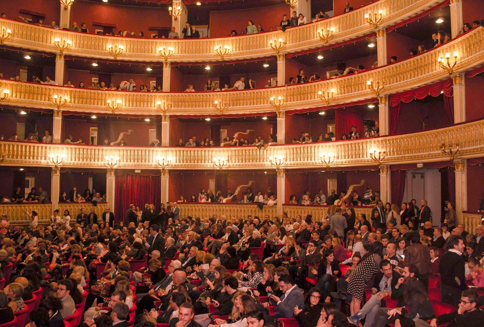 Patch Adams Teatro Rendano Cosenza