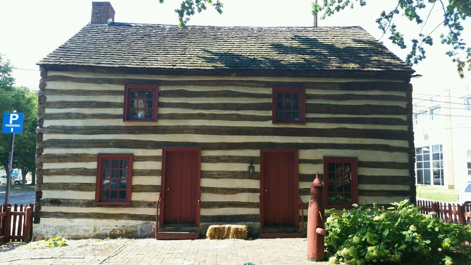 Bobb Log House