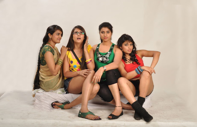 masti movie masti movie glamour  images