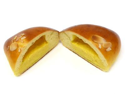 クリームパン | Pain au Traditionnel(パンオトラディショネル)
