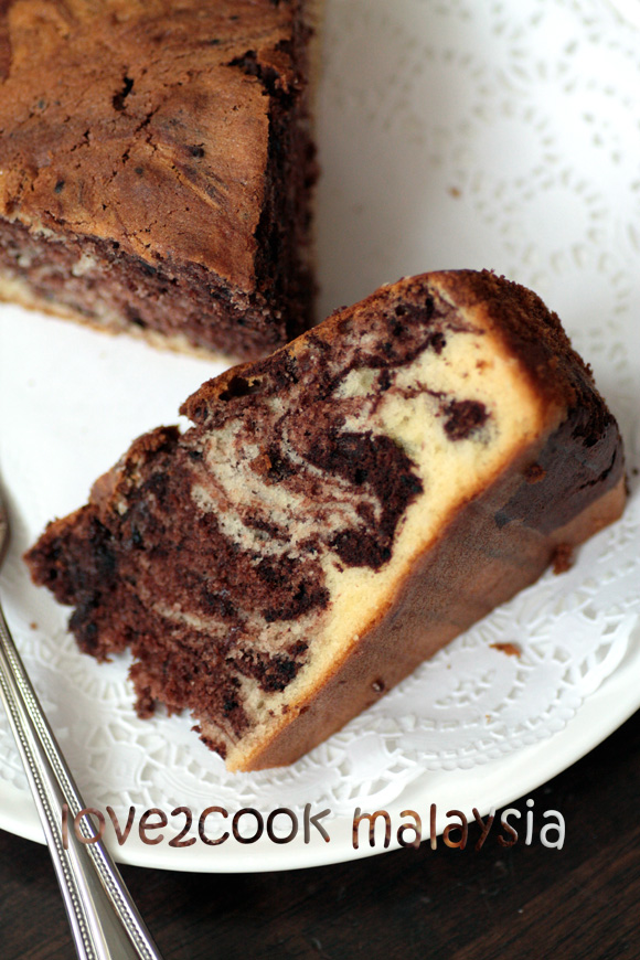 Vanilla & Chocolate Marble Cake...? by ?LOVE2COOK? ...Food & Life ...