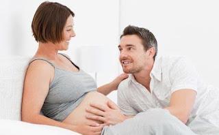 wanita hamil