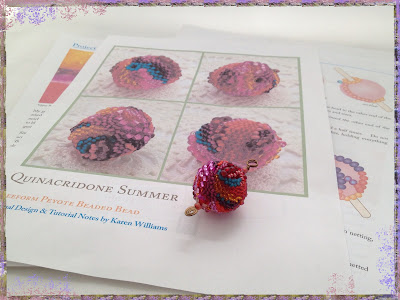 Quinacridone Summer, freeform peyote beaded bead pendant and tutorial by artist Karen Williams