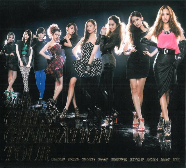 [Scans] 2011 Girls' Generation Tour Live Album Mini Photobook