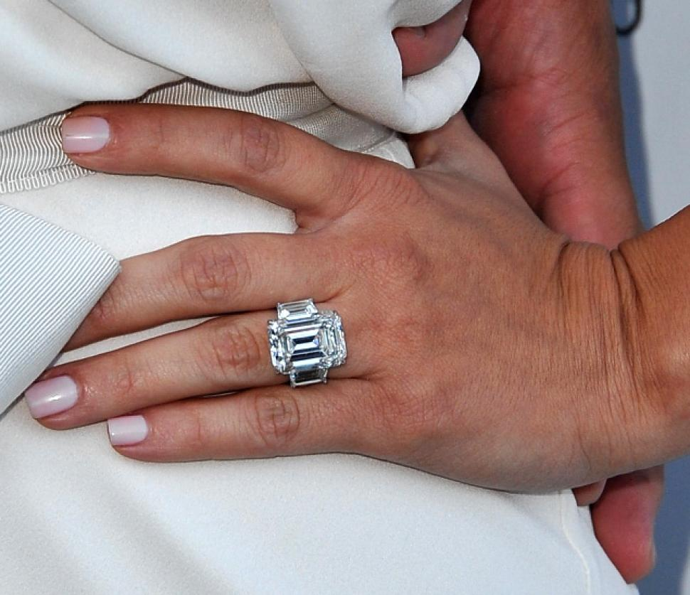 photo credit daily news - Million Dollar Wedding Rings