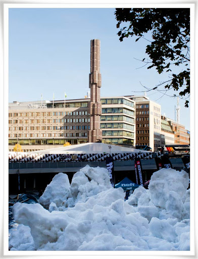 Snö tippad vid Sergels Torg