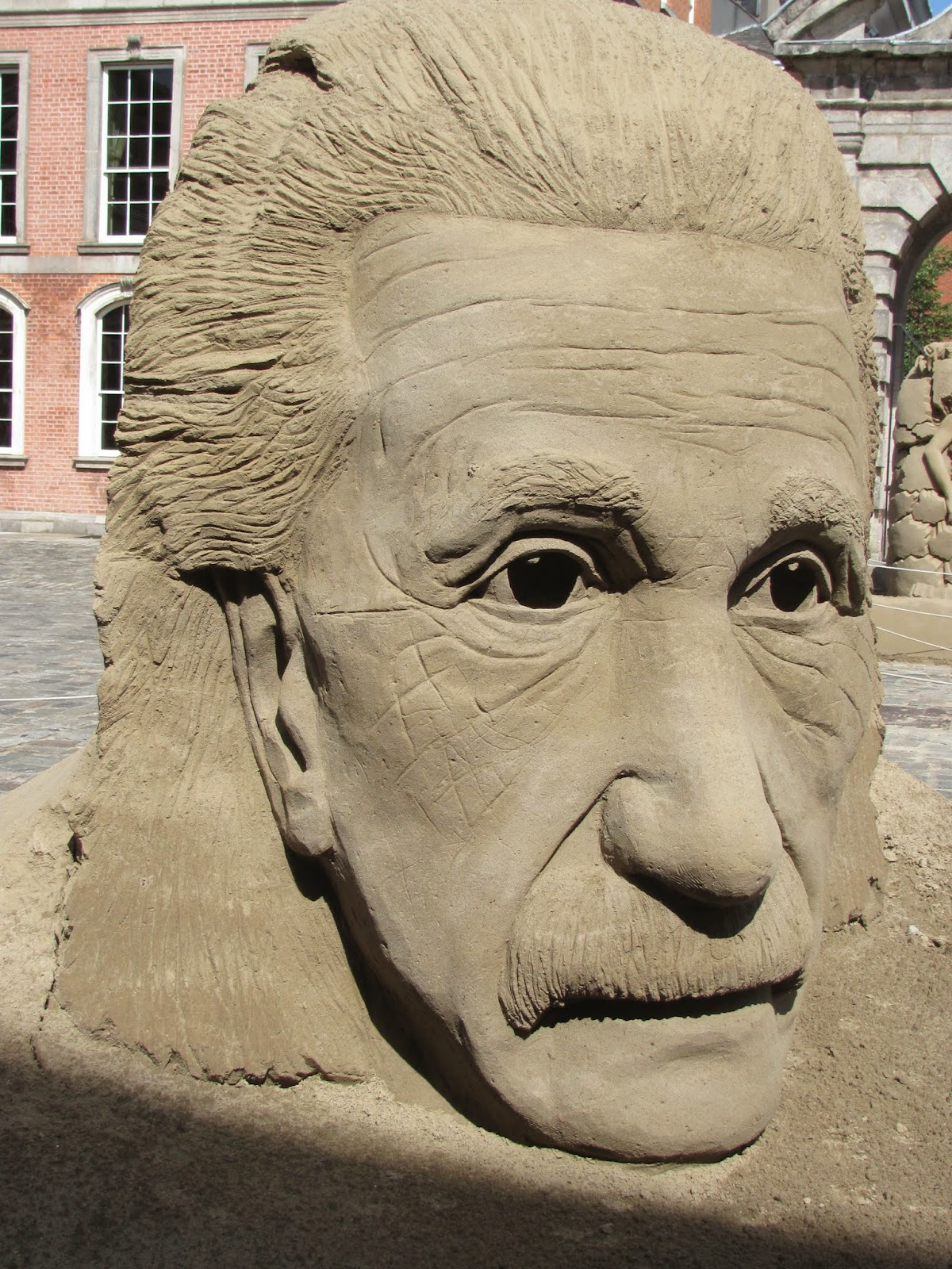 Larger-than-Life Face Dublin Castle Sand Sculptures 2014