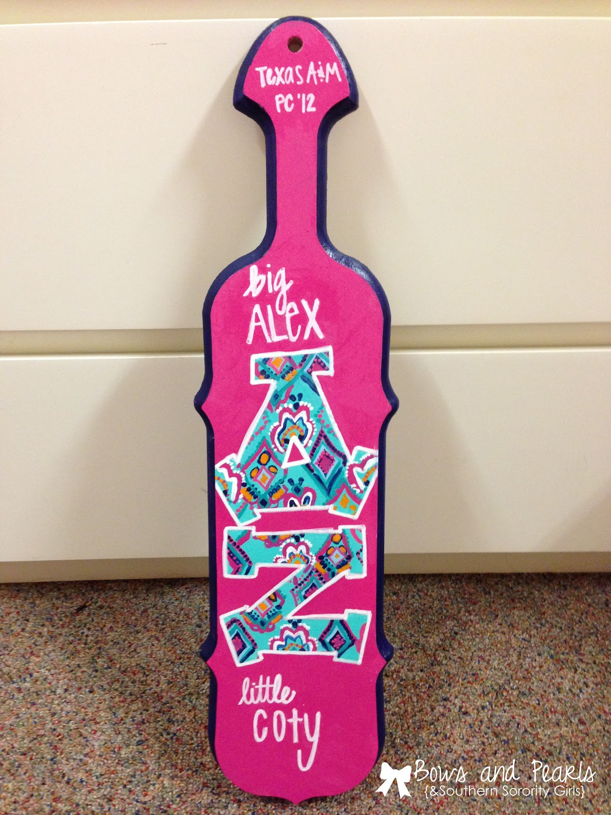 bows pearls sorority girls how to paint the best paddle ever
