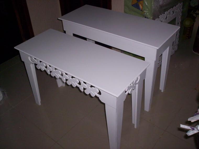 Conjunto 2 mesas R$ 420,00