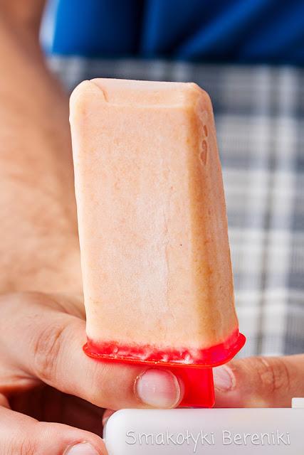 Pyszne lody brzoskwiniowe