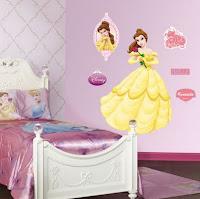 decorar la habitación con pegaginas de princesas, habitaciones de niñas,  como decorar la recámara de las niñas, alcobas de niñas, cuartos de niñas,cómo decoro la habitación de mi hija pequeña, decoración con pegatinas de princesas, decorar paredes con pegatinas de princesas, decorar las paredes del dormitorio con sticker de princesas, decorar las paredes de la habitación de niñas con papel tapiz de princesas