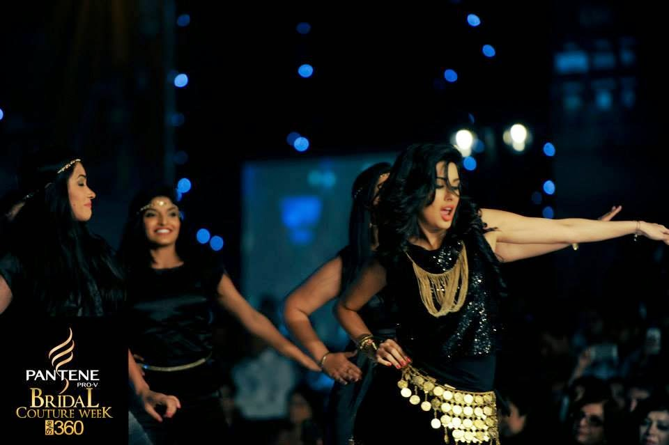 Pantene Bridal Couture Week 2014 Karachi – Mehwish Hayat Dance Performance Exclusive Photos