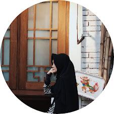 • • • • Elfa Nuraeni  • • • •