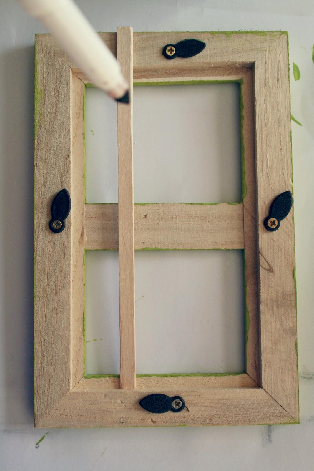 Buggie and jellybean elf on the shelf door on the cheap for Elf door ideas