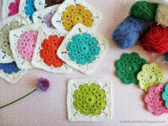 free crochet flower square motif