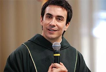 Padre Fábio de Melo critica idolatria a Maria e a religiosidade Fa%CC%81bio+de+Melo
