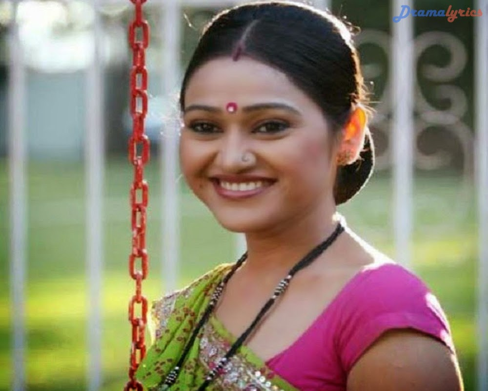 Disha Vakani Drama Wallpapers With Her Special Funny Smiling Expression