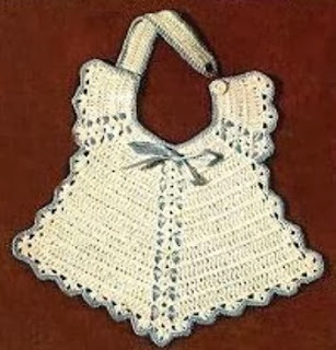 http://translate.googleusercontent.com/translate_c?depth=1&hl=es&prev=/search%3Fq%3Dhttp://www.knotyournanascrochet.com/p/free-patterns.html%26safe%3Doff%26biw%3D1429%26bih%3D984&rurl=translate.google.es&sl=en&u=http://www.antiquecrochetpatterns.com/unique-baby-bib.html&usg=ALkJrhh0sMLPgcYdktookmBS8pX0SHem-g