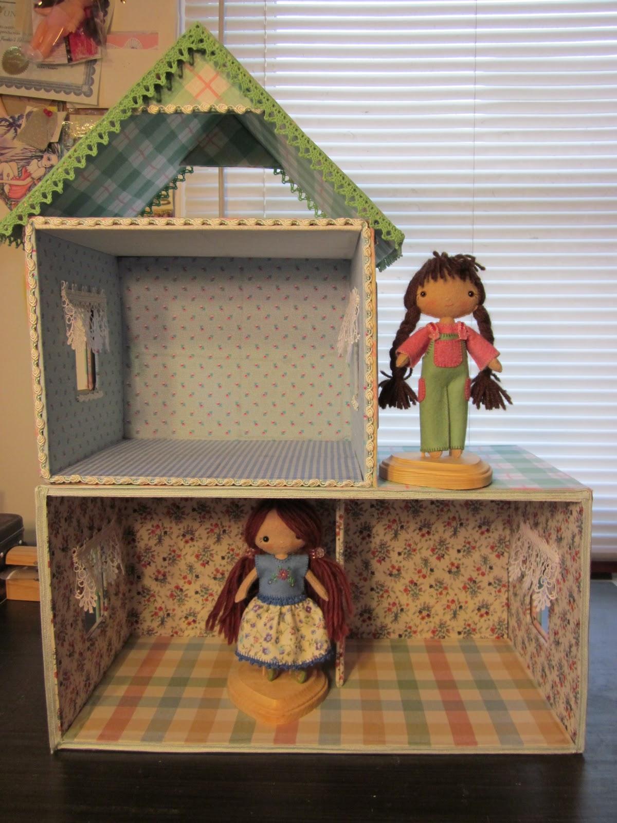 by hook by hand wren 39 s nest a cardboard cottage dollhouse. Black Bedroom Furniture Sets. Home Design Ideas