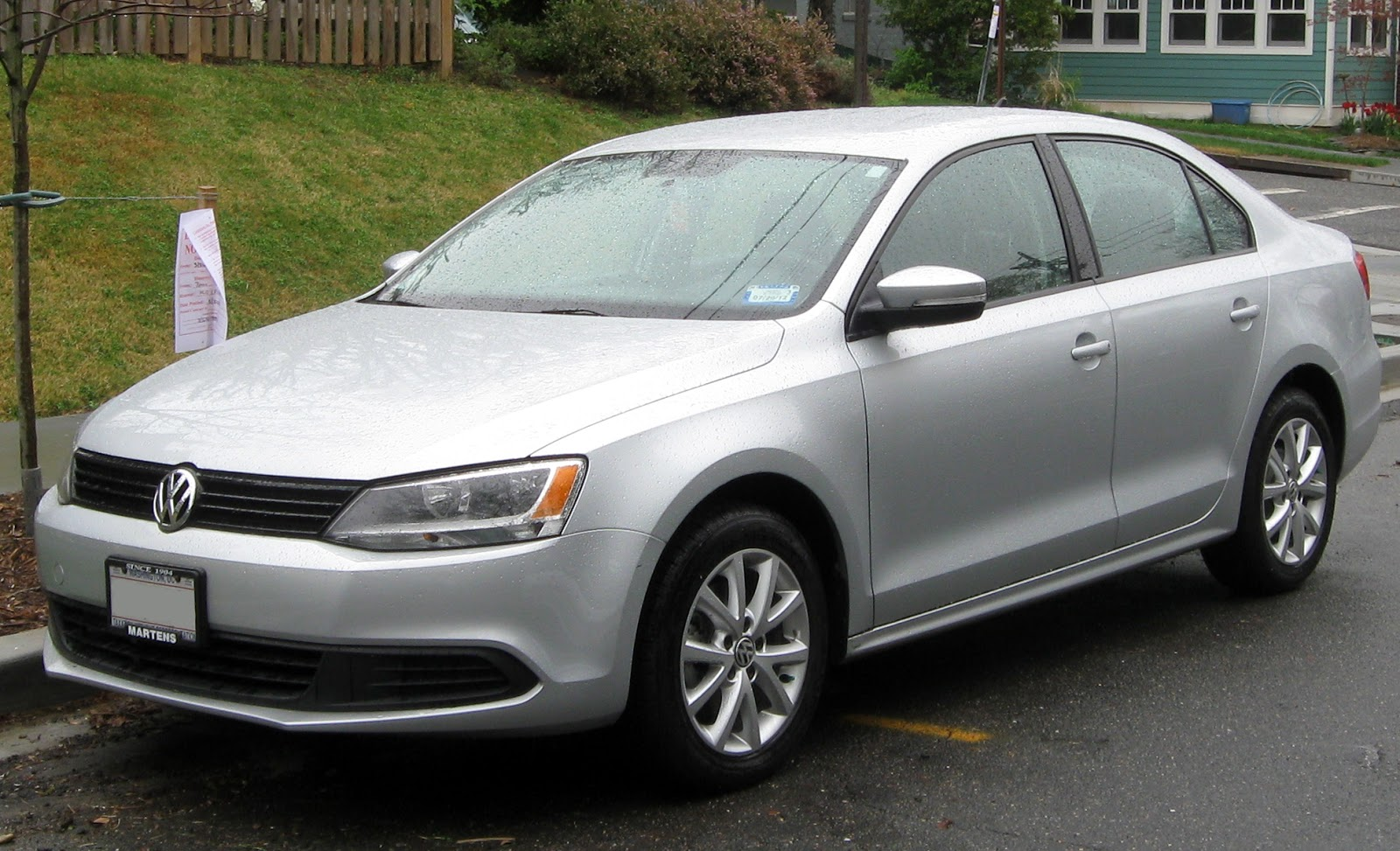 the poor car reviewer 2012 2013 vw jetta base and 2 5l. Black Bedroom Furniture Sets. Home Design Ideas