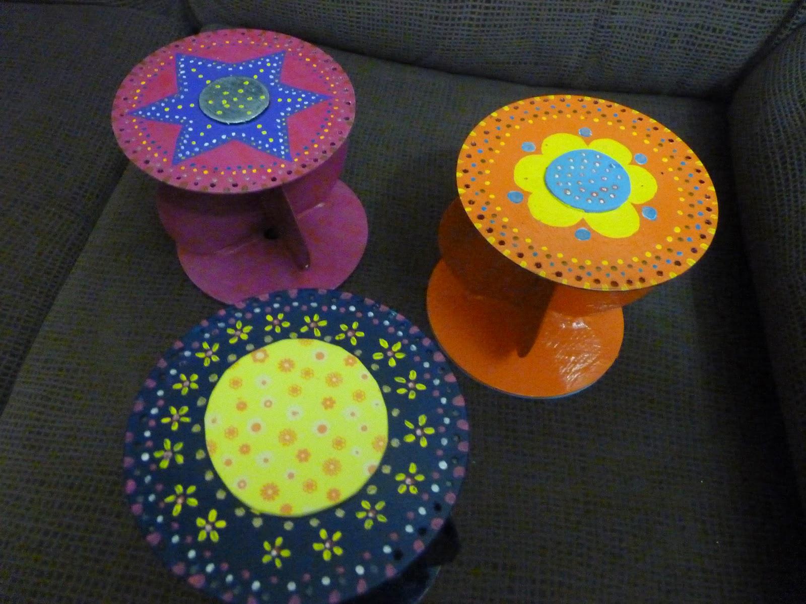 Artesania con papel artesania en papel articulos de decoraci n colgador de pendientes en cd - Colgadores de pendientes ...