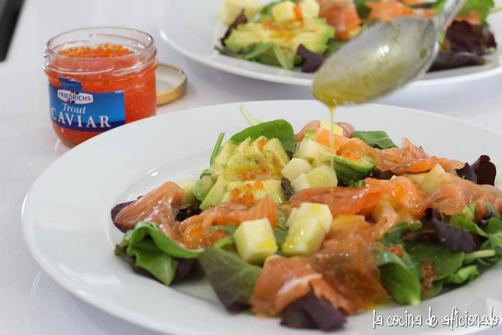 La cocina de aficionado ensalada de salm n aguacate y manzana con vinagreta de mostaza a la miel - Ensalada con salmon y aguacate ...