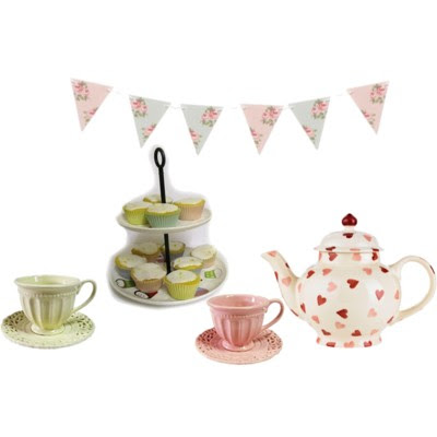 cakes,cupcakes, tea party, tea cup, alice in wonderland, bunting, cute, make believe, party