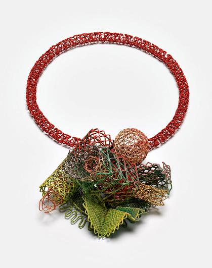http://2.bp.blogspot.com/-wm0NIxAg2iU/TWb7m3Ka4bI/AAAAAAAAAC0/4lVxOTRFdCc/s1600/Robert+Baines+Redder+than+Green+neckpiece+2009+Silver+powdercoat++paint++electroplate.jpg