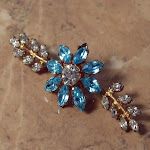 Vintage jewellery, antique jewellery