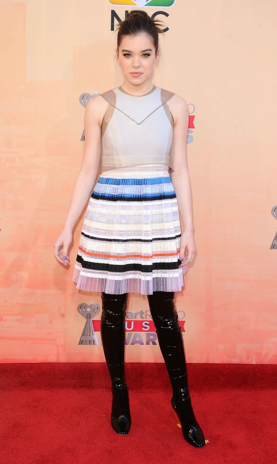 Hailee Steinfeld in Christian Dior Couture at the 2015 iHeart Radio Music Awards in LA